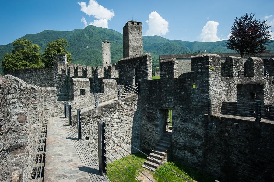 Burgen von Bellinzona, Castelgrande, Castello vecchio, Castello d'Uri, Castello San Michele