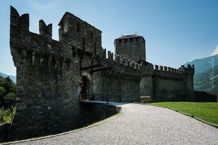 Burgen von Bellinzona, Castello di Montebello, Castello piccolo, Castello nuovo, Castello di mezzo, Castello di Svitto